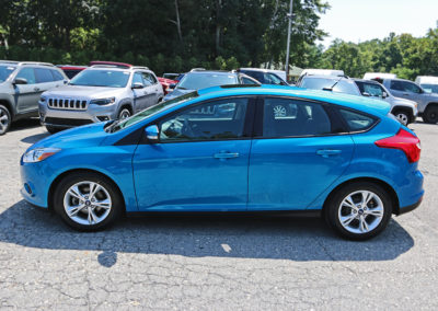2014 Ford Focus SE Hatchback Blue 7542 IMG_0779