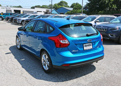 2014 Ford Focus SE Hatchback Blue 7542 IMG_0780