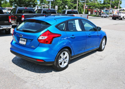 2014 Ford Focus SE Hatchback Blue 7542 IMG_0782