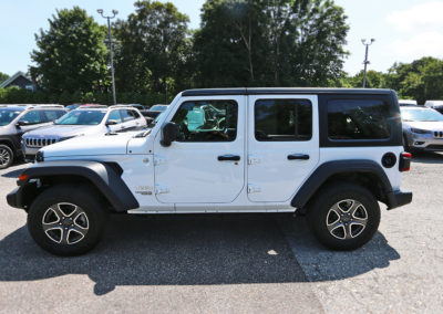 2018 Jeep Wrangler JL Unlimited White 7448 IMG_0834